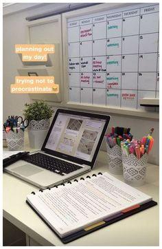 49 Parent Command Center Ideas for Busy Moms ~ grandes.site 49 Parent Command Center Ideas for Busy Moms ~ grandes. Study Areas, Study Space, Desk Space, Salon Interior Design, Home Office Design, Parent Command Center, Command Centers, Study Room Decor, Home Office Organization