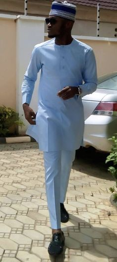 Tagcloset... African Wear Styles For Men, African Shirts For Men, African Attire For Men, African Clothing For Men, Nigerian Men Fashion, African Men Fashion, African Fashion Dresses, Kaftan Men, Costume Africain