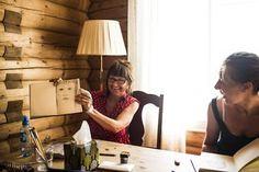 """Blink på første forsøk! Kari Elisabeth Dahl i Seriff.no testet ut det nye kurskonseptet sitt i """"kreativ mindfulness"""" for første gang i sommer, og sikret seg samtidig omtale i Dagens Næringsliv (papir og nett). For en start på sin nye bedrift!"""