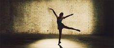 When she did this beautiful arabesque and it nearly brought you to tears: | 17 Times Maddie Ziegler's Dance Moves Blew Your Freakin' Mind