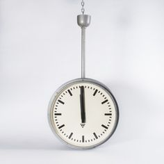 PD 40 Clock by Unknown Designer for Pragotron