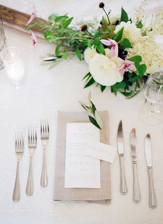 Al Fresco style place setting: http://www.stylemepretty.com/2016/04/25/calligraphy-cocktails-perfect-garden-setting-a-summer-wedding-dream/ | Photography: Lacie Hansen - http://laciehansen.com/