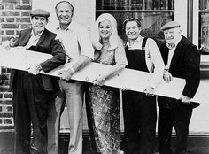 Eric Sykes, Henry Cooper, Diana Dors, Reg Varney and Arthur Lowe in a publicity pose for 'The Plank', directed by Eric Sykes. 1967