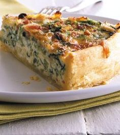 Rezept: Wirsing-Quiche - [LIVING AT HOME]