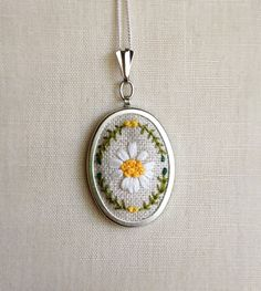 Silk Ribbon Embroidery White Gerbera Daisy by TheMarshWrenShop