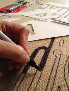 おしゃれウェディング小物の最先端♡『ウェディングフラッグ』の作り方と使い方は???にて紹介している画像