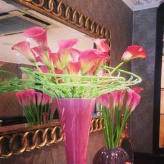 New flower display matching our pink flag! #flowers #pink #luxuryhotel #flemingsmayfair