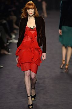 Saint Laurent Fall 2003 Ready-to-Wear Fashion Show - Karen Elson, Tom Ford