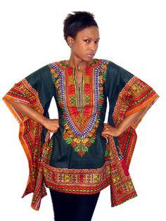 Tunique Reine Pokou vert T.44    La  tunique Pokou vous habillera comme une reine. Avec ses deux manches larges,elle très élgante et sophistiqué. Parfaite pour l'été, grâce aux motifs Java qui donne une touche d'exostisme. N'attendez plus et commandez la.  Exclusivité Tribu Ebène et disponibilité immédiate sur www.tribuebene.fr