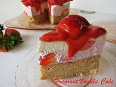 Raw Strawberry Short Cake | Fragrant Vanilla Cake