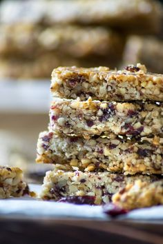 Low Carb Protein Bars, Protein Bar Recipes, Low Carb Recipes, Snack Recipes, Ketogenic Recipes, High Protein, Ketogenic Diet, Healthy Recipes, Keto Granola