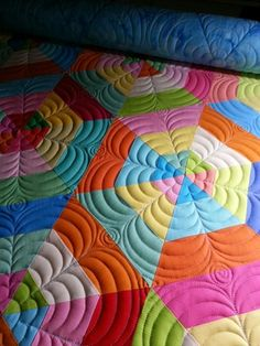 love the quilting....