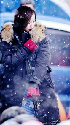 Kpop Stars On Snow