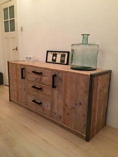 meuble fer et bois mobilier de salon