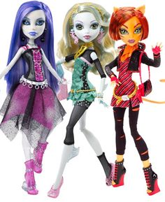 Kiki's new obsession Monster High Dolls~ Okay I like these 3 especially Toralei (the one with the bob)