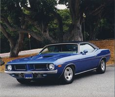 I owned and drove one exactly like this 1972 340 4 barrels 'Cuda
