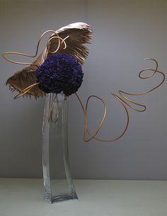 Art Floral, Deco Floral, Floral Design, Contemporary Flower Arrangements, Creative Flower Arrangements, Dried Flower Arrangements, Ikebana Arrangements, Ikebana Flower Arrangement, Art Nouveau