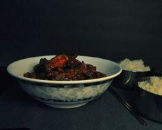 Dinner + Movie: I Found General Tso's Chicken Spain Vs, General Tso, Asian Recipes, Serving Bowls, Spicy, Vitamins, Korea, Beef, Movie