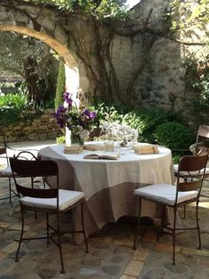 Lovely courtyard dining