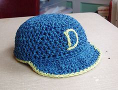 Free Crochet Baby Baseball Cap Pattern. - Tutorial •★•Teresa Restegui http://www.pinterest.com/teretegui/•★•