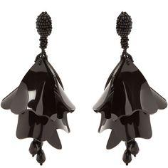 Oscar De La Renta Impatiens flower-drop clip-on earrings ($312) ❤ liked on Polyvore featuring jewelry, earrings, flower jewellery, lucite jewelry, beading jewelry, acrylic earrings and beaded jewelry