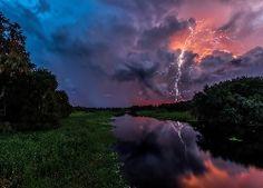 Rzeka, Chmury, Burza, Błyskawice