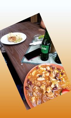 Pepperoni, Pizza, Friends, Food, Amigos, Essen, Meals, Boyfriends, Yemek