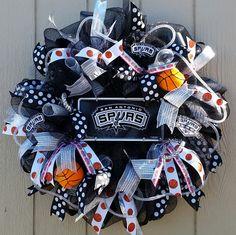 retro spurs wreath spurs wreath old school spurs colors