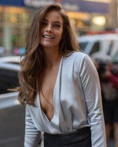 Img Models, Vs Fashion Shows, All Fashion, Barbara Palvin, Sexy Older Women, Sexy Women, Victoria's Secret, Feminine Mystique, Armani Beauty