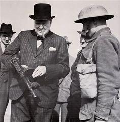 Winston Churchill with the Thompson submachine gun («tommy gun») near Hartlepool on 31 July, 1940,    http://semioticapocalypse.tumblr.com