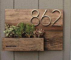 Wooden Table Diy, Table En Bois Diy, Diy Table, Wood Table, Diy Wood, Wood Crafts, Paper Crafts, Succulents, Succulent Plants