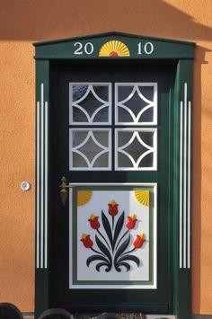 Knobs And Knockers, Knobs And Handles, Unique Front Doors, When One Door Closes, Cool Doors, House Entrance, Garden Gates, Closed Doors, Doorway