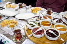 Turkish breakfast Istanbul Eats tour: Two Markets, Two Continents Mutfak Dili Ev Yemekleri Turkish Breakfast, Breakfast Plate, Breakfast Quiche, Savory Breakfast, Breakfast Dishes, Breakfast Croissant, Breakfast Ideas, Turkish Simit Recipe, Turkish Recipes