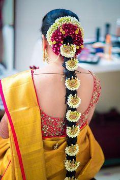 Brides and Flowers - Pellipoolajada