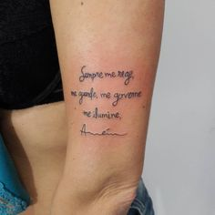 Vídeo Tattoo Escrita, parte da Oração Santo Anjo Obrigada Claudia  Snap mansurtattoo whats 51 8406.5684 (em Black Magic Tattoo)