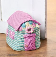 Bring the seaside indoors with this easy-knit doorstop