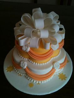 Orange isn't seen alot and this is a pretty version. Gorgeous Cakes, Pretty Cakes, Cute Cakes, Amazing Cakes, Take The Cake, Love Cake, Unique Cakes, Creative Cakes, Fondant Cakes
