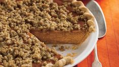 A crunchy oat topping complements every bite of creamy pumpkin pie.