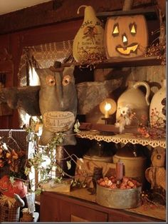 Minus halloween decoration pieces, I like the country cottage feel of this decor Holidays Halloween, Halloween Crafts, Happy Halloween, Halloween Decorations, Halloween Ideas, Halloween Pictures, Halloween Design, Primitive Autumn, Primitive Decor