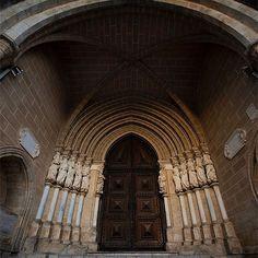 Sé Catedral de Évora #evora #alentejo #alentejolovers #amar_alentejo #igersalentejo #portugal #portugalalive #portugal_lovers #portugal_de_sonho #portugal_em_fotos #portugaldenorteasul #igersportugal #worldheritage #worldheritagesite #patrimoniounesco #patrimoniomundial #patrimoniocultural #unesco #unescoworldheritage #instatravel #travel #viagem #turismo #visitportugal #visitalentejo
