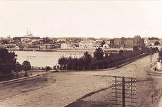 Так раньше выглядела набережная городского пруда в Екатеринбурге. Сейчас здесь проходит проспект Ленина.  Фото В.Л. Метенкова, 1880-е гг.