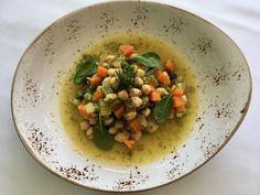 Ρεβυθάδα με σπανάκι, μάραθο και λεμόνι - http://www.ert.gr/revythada-spanaki-maratho-ke-lemoni/