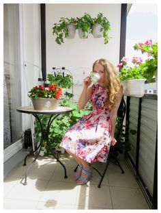 FASHION Secret Garden : Morning cup of Coffee :D