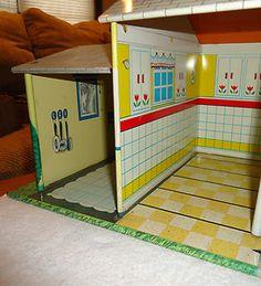 Vintage T Cohn Inc Tin Litho Dollhouse