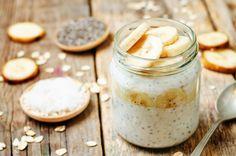 overnight oats with greek yogurt, chia seeds Sugar Free Breakfast, Breakfast Recipes, Keto Recipes, Healthy Recipes, Overnight Oatmeal, Overnight Breakfast, Banana Cream, Ice Cream, Cream Pie