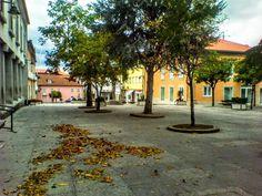Boa tarde :D A Praça Municipal de Arcos de ontem a meio da tarde