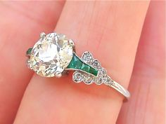 ESTATE ART DECO 1.8ct EUROPEAN CUT DIAMOND EMERALD PLATINUM ENGAGEMENT RING.