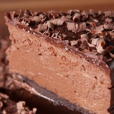 SO MUCH CHOCOLATE Get the recipe at delish easy recipe deathbychocolate cheesecake chocolatecheesecake chocolate dessert sweet creamcheese bake oven ganache Quick Dessert Recipes, Easy Cake Recipes, Easy Desserts, Sweet Recipes, Baking Recipes, Cookie Recipes, Dinner Recipes, Baking Tips, Chocolate Cheesecake Recipes
