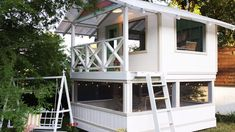 Kids play house Build this amazing kids playhouse and customize it to your own wants and design. Backyard Playhouse, Build A Playhouse, Backyard Playground, Backyard For Kids, Wooden Outdoor Playhouse, Playhouse Ideas, Backyard Ideas, Tree House Designs, Diy Garden Furniture