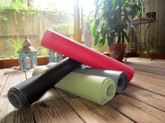 The 4 yoga mats every yogi should know & use. Tried and tested by a yoga teacher and yoga student, from my yoga practice to yours...